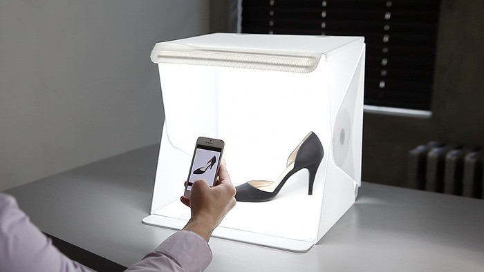Picturing product with a lightbox